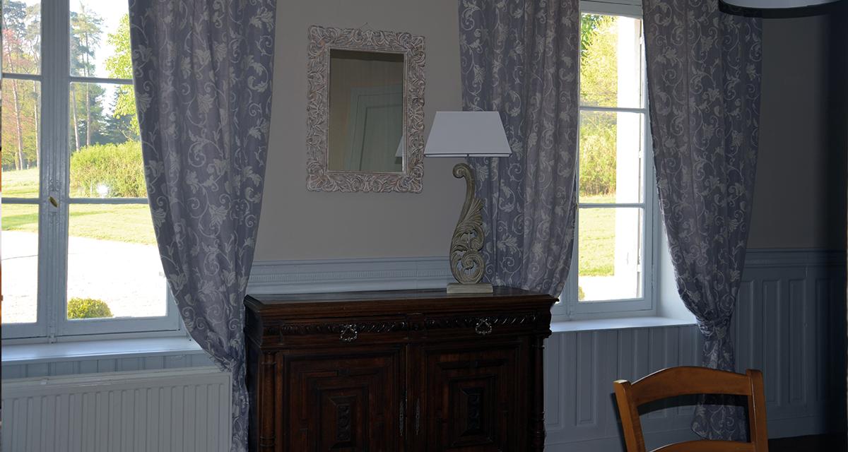 le bureau. Black Bedroom Furniture Sets. Home Design Ideas